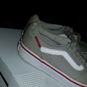 Vans youth sneaker